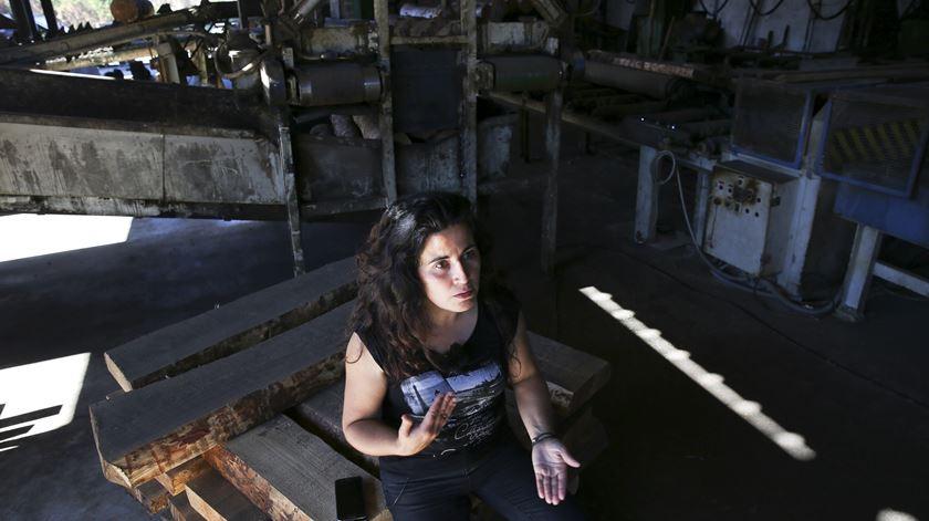 Sandra em Junho, ainda com a serração totalmente destruída
