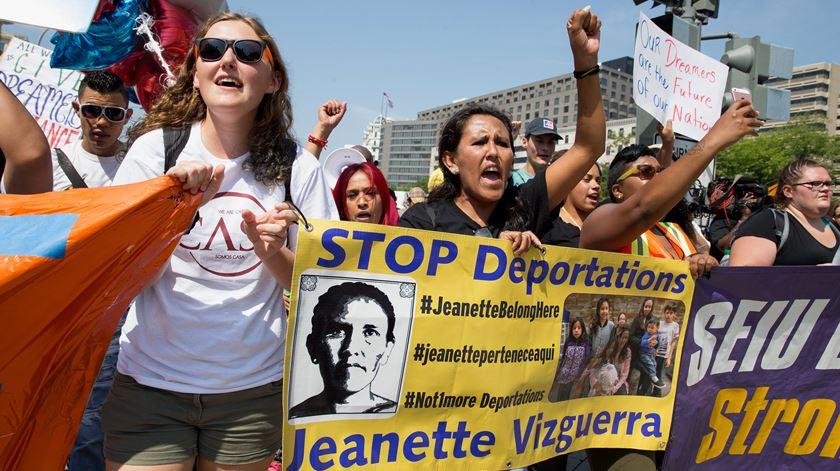 Protesto em Washington contra fim do DACA. Foto: Tasos Katopodis/EPA