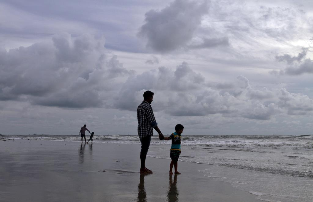Continua o tempo cinzento. Foto: Sivaram V/Reuters