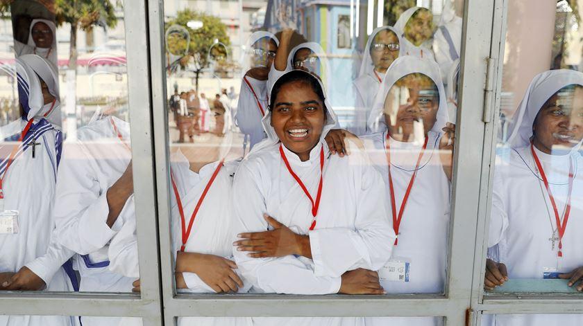 Francisco realça o clima de diálogo entre religiões, no Bangladesh, que considera um exemplo de convivência harmoniosa entre vários credos. Foto: Damir Sagolj/Reuters