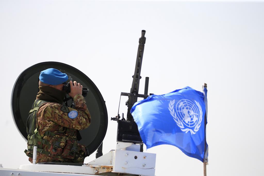 Capacetes azuis ONU Foto: REUTERS/Ali Hashisho