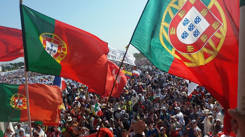 Bandeiras portuguesas na JMJ do Panamá, em 2019. Foto: Joana Peixoto