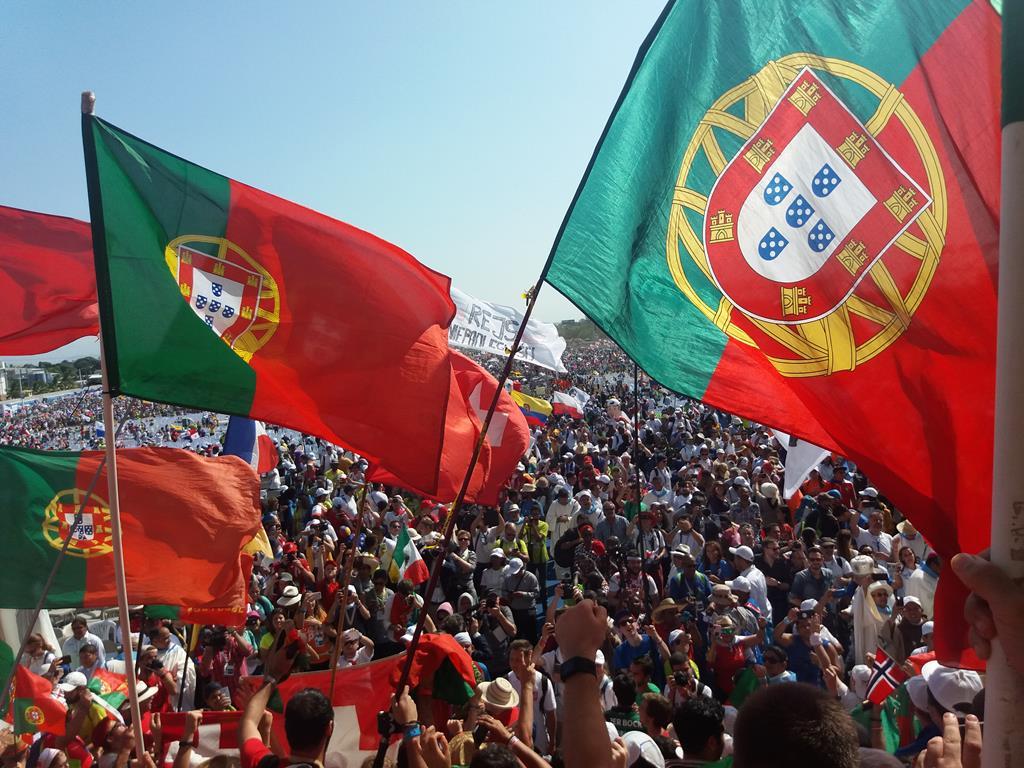 Bandeiras portuguesas na JMJ de 2019, no Panamá. Foto: Joana Peixoto (voluntária
