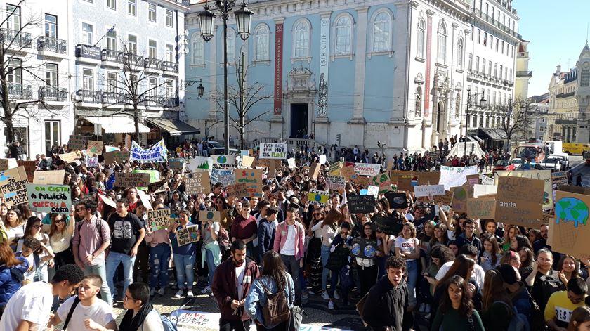 Protesto dos estudantes pelo clima em Lisboa, Portugal. Foto: Manuela Pires/RR