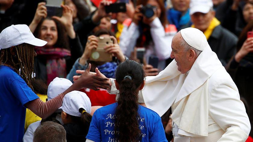 Papa Francisco quer um novo consenso para a educação. Foto: Yara Nardi/Reuters