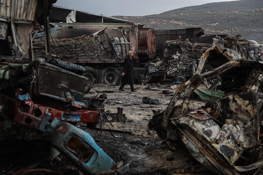 Custos da guerra ascendem aos 1.200 mil milhões de dólares. Foto: Anas Alkharboutli/dpa/Reuters