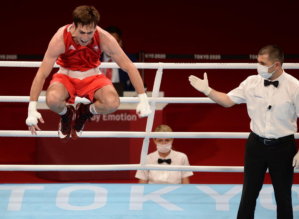 Foi assim que Aidan Walsh se lesionou. Foto: Swen Pfortner/DPA/Reuters
