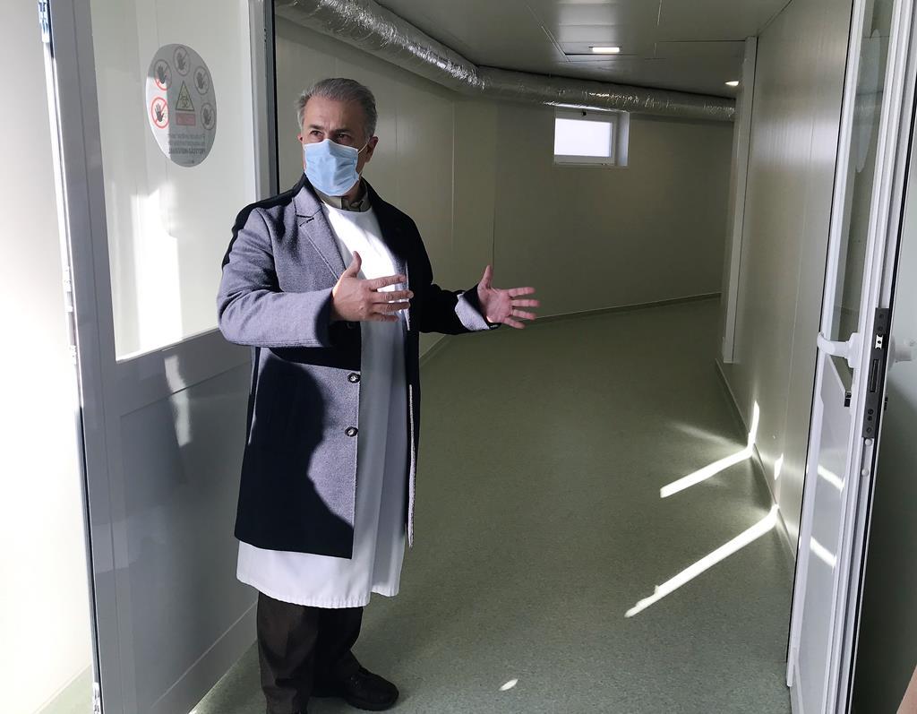 """A nova ala duplica a capacidade do serviço de urgência e é, por isso, um """"desafogo"""", segundo o médico Rui Matono. Foto: Rosário Silva/RR"""