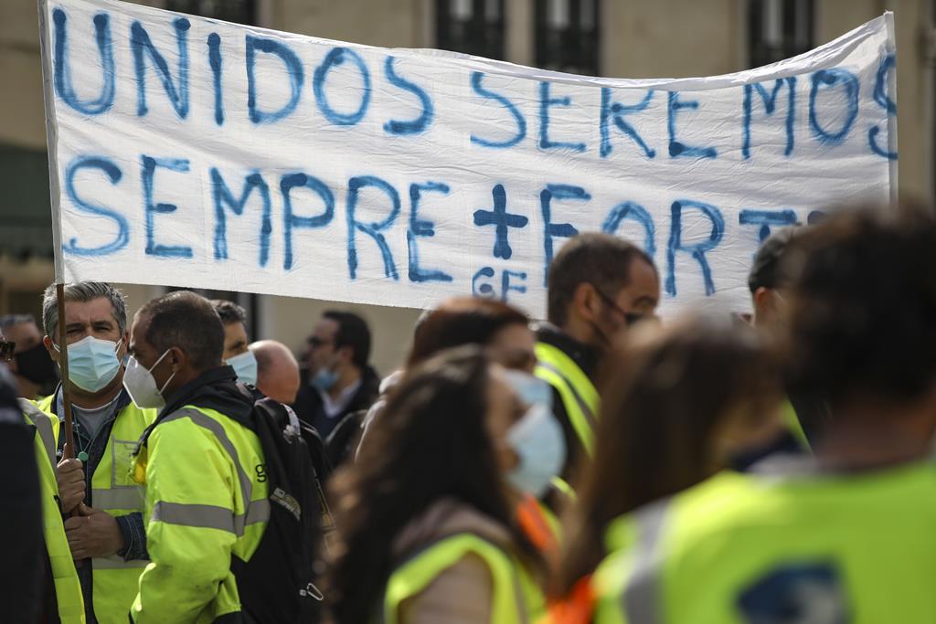 Manifestação de trabalhadores da Groundforce, em março. Foto: André Kosters/Lusa