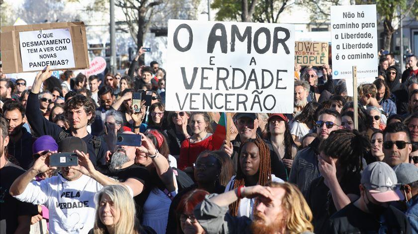 Protestos contra as restrições em Lisboa. Foto: António Cotrim/ Lusa