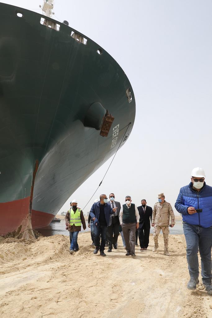 E agora, quem paga a fatura? Foto: Suez Canal/EPA