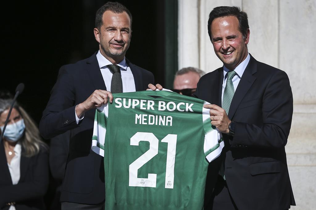 Fernando Medina volta a receber Frederico Varandas e o Sporting na Câmara Municipal de Lisboa. Foto: Rodrigo Antunes/Lusa