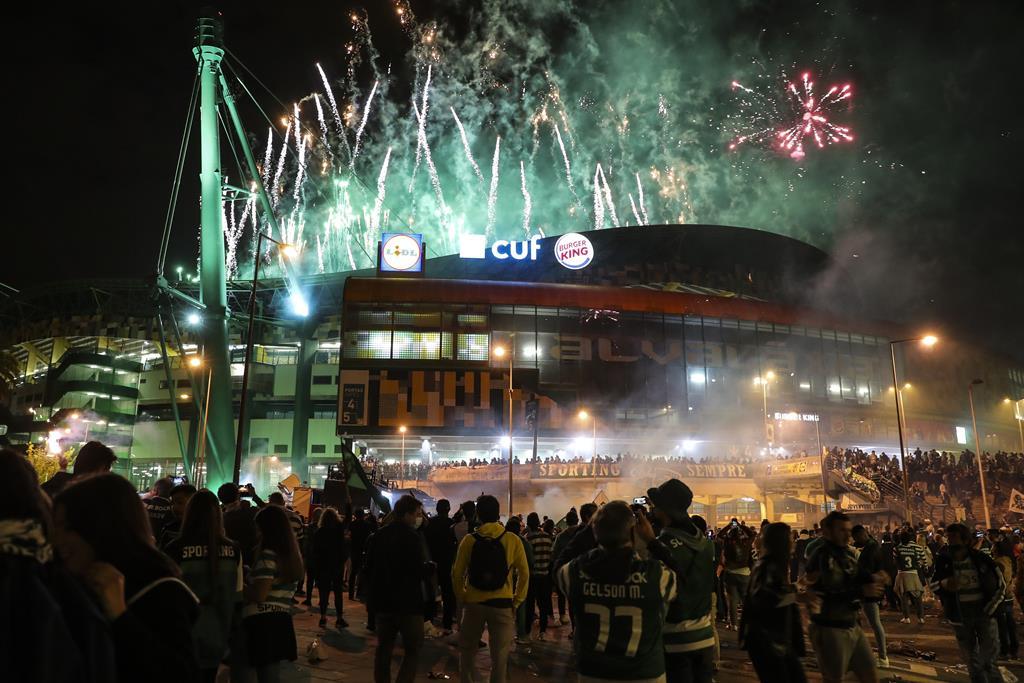 Fogo de artifício em Alvalade. Foto: Miguel A. Lopes/Lusa