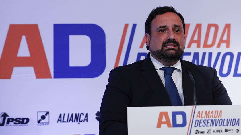 Nuno Matias, candidato da Coligação Almada Desenvolvida (PSD, CDS, Aliança, MPT, PPM). Foto: António Cotrim/Lusa