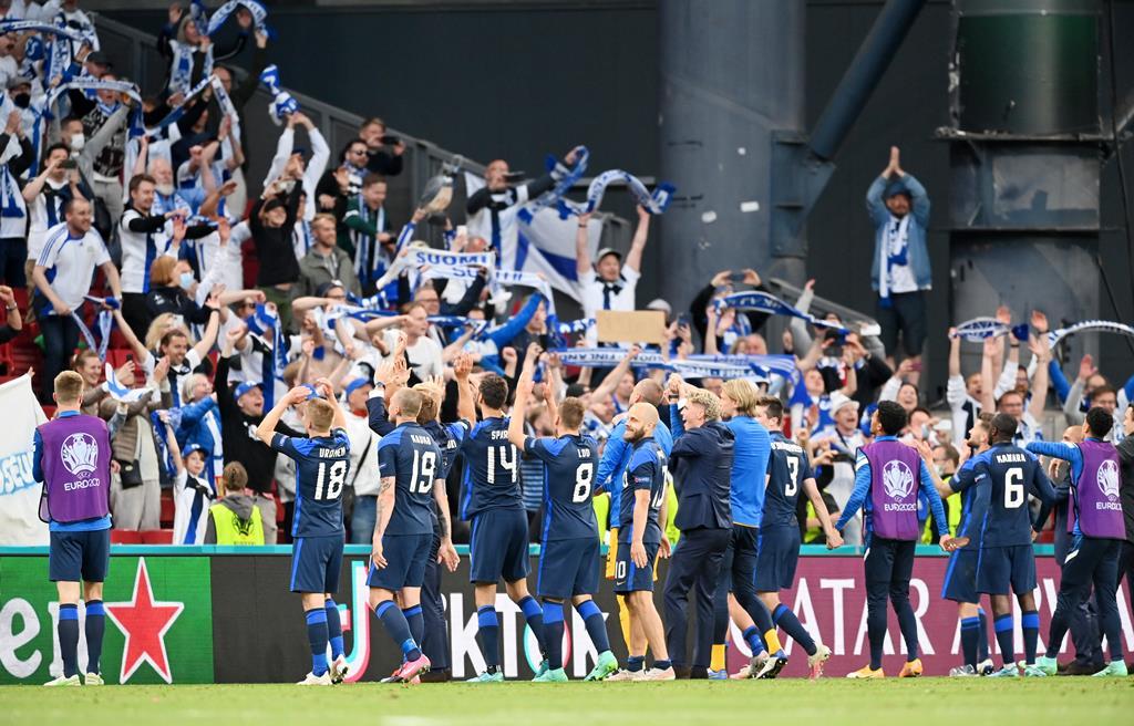 Finlândia derrota Dinamarca. Foto: Stuart Franklin/EPA