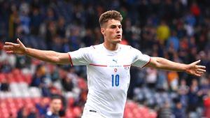 Chapéu de 50 metros de Schick foi o melhor golo no Euro 2020