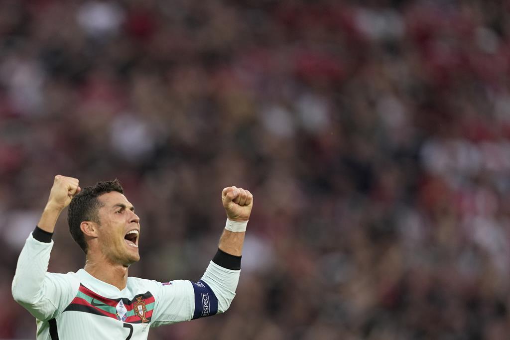 Cristiano Ronaldo bisou na estreia de Portugal no Euro 2020. Foto: Hugo Delgado/EPA