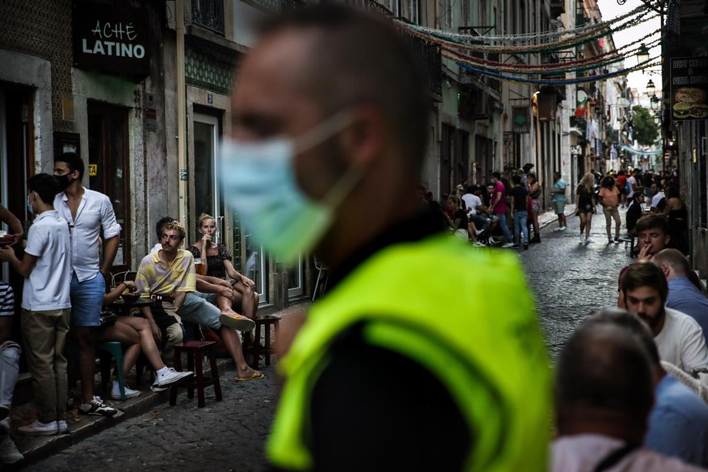 A terceira e última fase do plano de desconfinamento deverá arrancar no dia 1 de outubro. Foto: Mário Cruz/Lusa