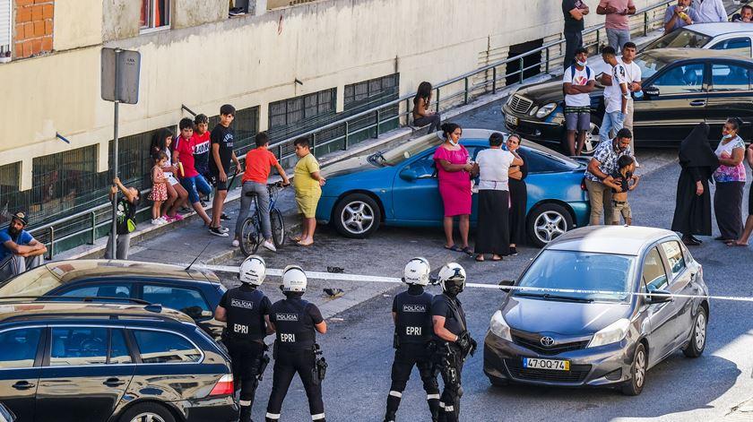 Confrontos com armas de fogo no bairro da Bela Vista em Setúbal faz três feridos. Foto: Rui Minderico/Lusa