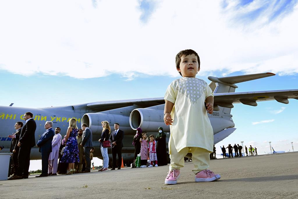 Civis fogem do Afeganistão para não ficarem sob a autoridade dos talibãs. Foto: Presidential Press Service / Handout Handout/EPA