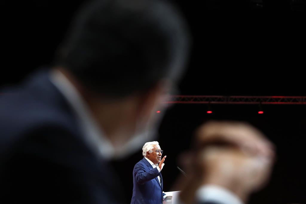 António Costa anunciou medidas de combate a pobreza infantil no último congresso do Partido Socialista. Foto: António Pedro Santos/Lusa