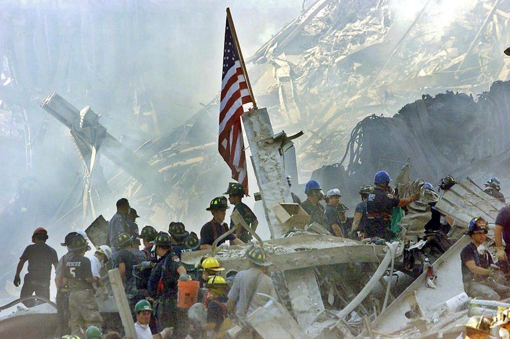 ataques 11 Setembro 2001 contra as torres gémeas Foto: Beth A. Keiser / Pool/EPA