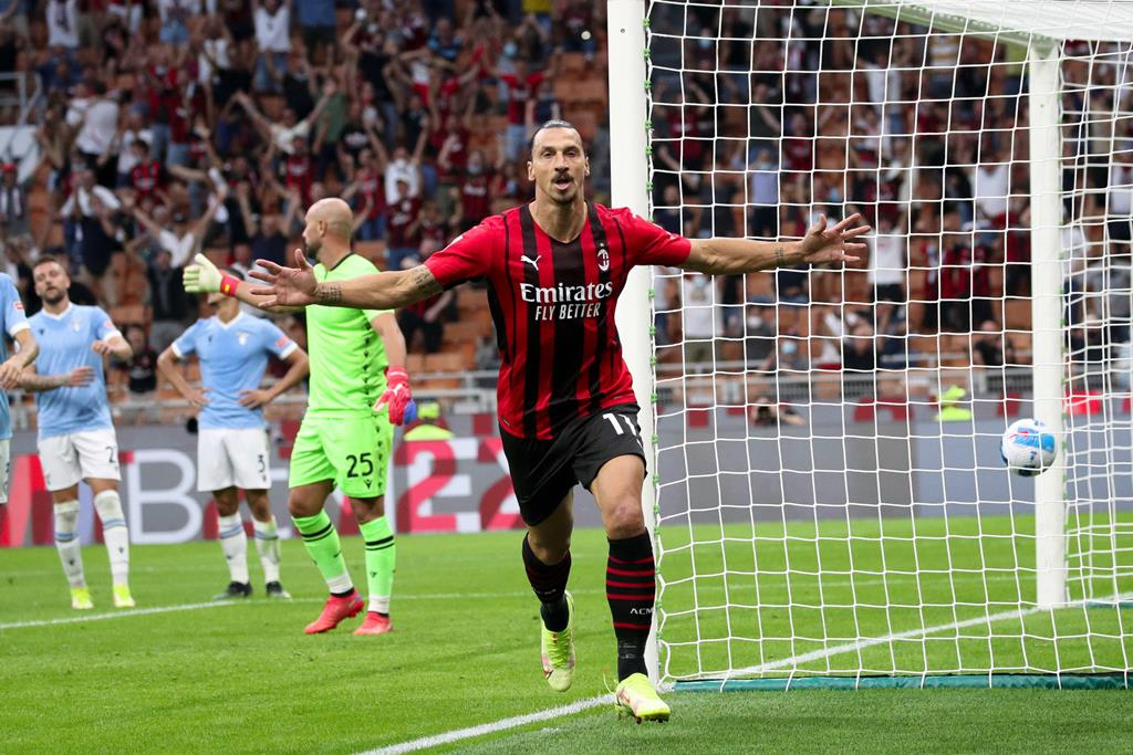 Ibrahimovic continua a ser um dos melhores. Foto: Roberto Bregani/EPA