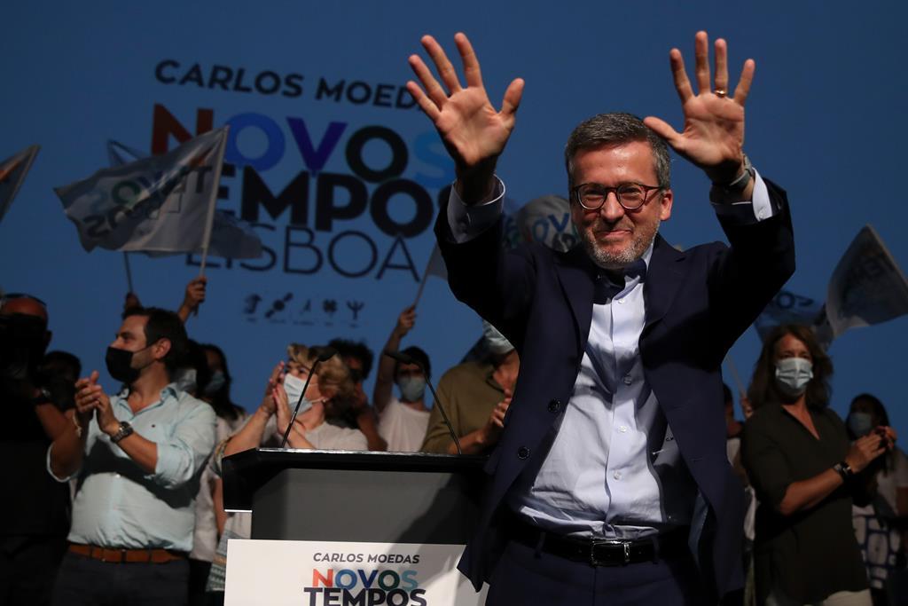 Carlos Moedas quer devolver aos lisboetas 32 milhões de euros do IRS. Foto: Manuel De Almeida/Lusa