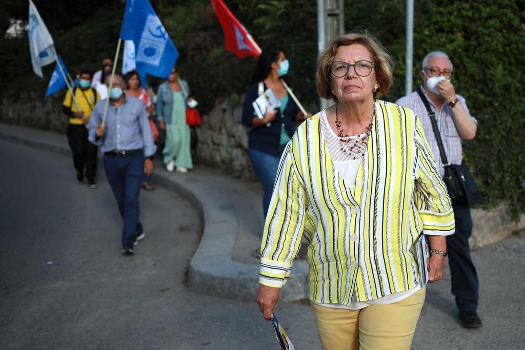 Ilda Figueiredo em campanha no Porto. Foto: Estela Silva/Lusa