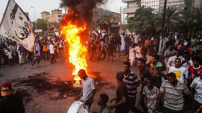 Sudão. Novo balanço aponta que protestos causaram 10 mortos e 140 feridos