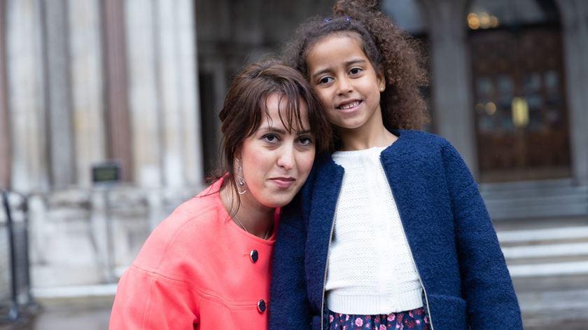 Alina Dulgheriu com a sua filha. Foto: ADF