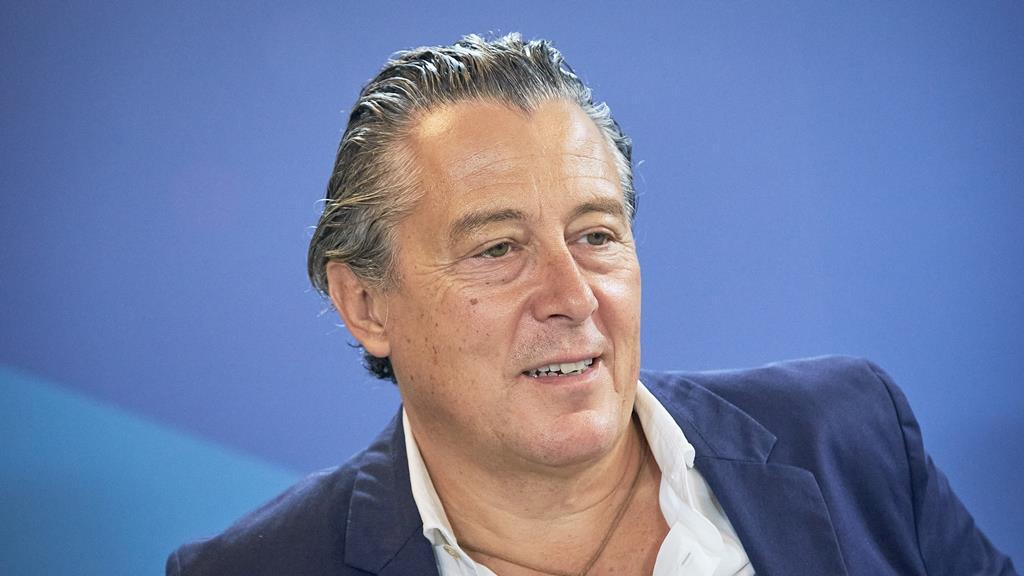É um dos subscritores de uma petição que pede o alívio fiscal para os contribuintes que declaram até 50 mil euros/ano. Foto: Rui Gaudêncio/Público