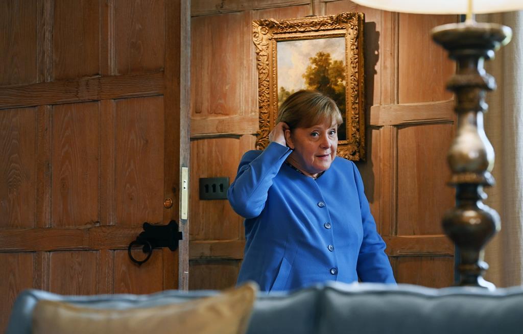 Angela Merkel Foto: Andy Rain/EPA