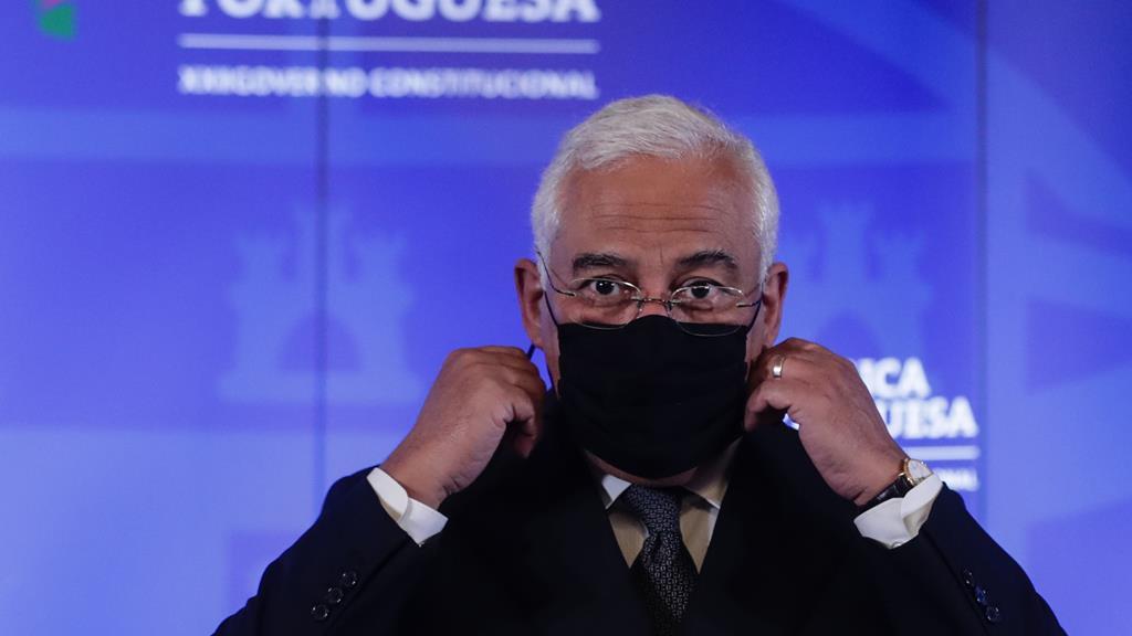 António Costa deverá apresentar novas medidas de confinamento após o Conseho de Ministros. Foto: Tiago Petinga/Lusa