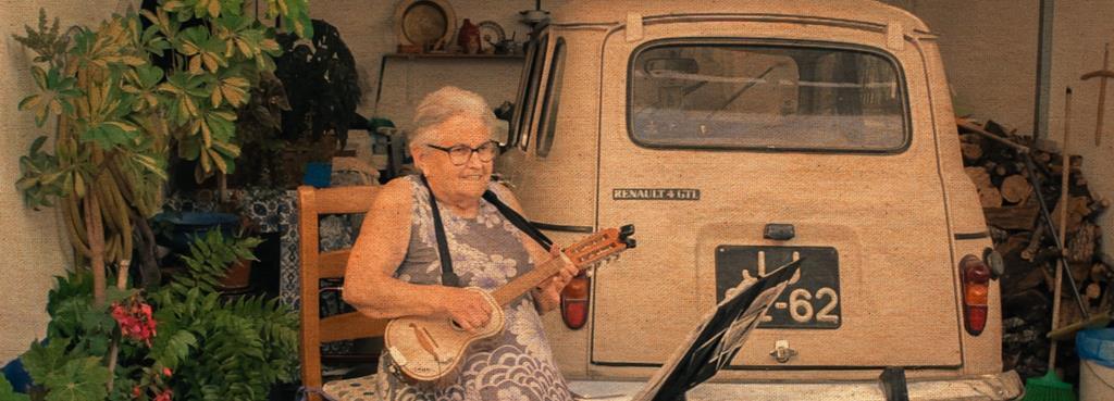 Aos 84 anos, Bia Baguinho continua a fazer poesia Foto: Vozes de Mestres