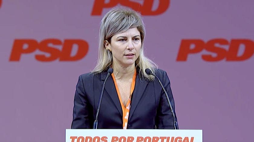 Bárbara Barreiros apelou aos representantes do PSD para que desenvolvam os procedimentos necessários para que seja feito um referendo. Foto: PSD TV