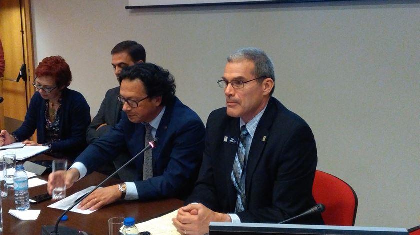 Paul Wrigley, à direita, a participar na conferência promovida pelos Militares Evangélicos de Portugal. Foto: Filipe Avillez/RR