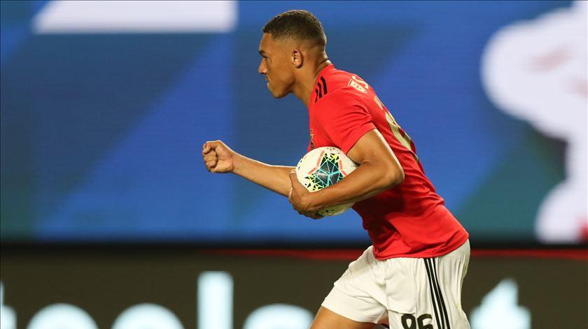 Vinícius foi suplente, mas ainda deu esperança ao Benfica pouco após entrar em campo. Foto: José Coelho/Lusa