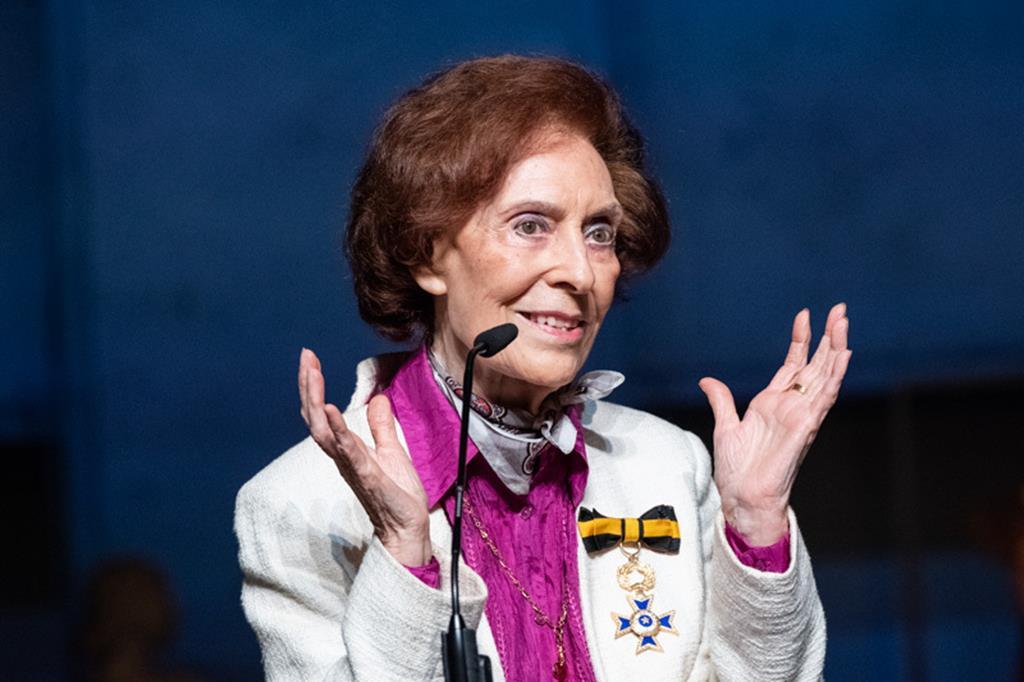 Carmen Dolores foi uma das maiores figuras do teatro das últimas décadas. Foto: Presidência da República