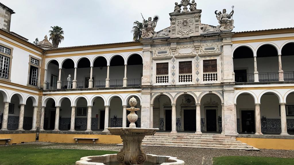Universidade de Évora quer testar todos os alunos. Foto: Rosário Silva/RR