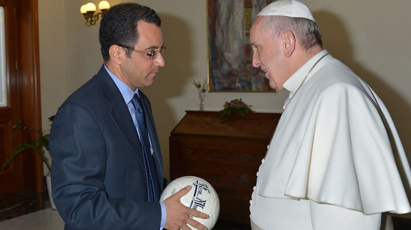 "César Velásquez, autor de ""Futebol com Alma"". Foto: DR"