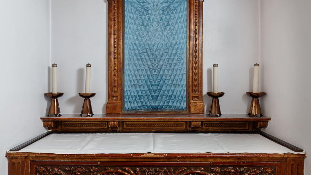 Interior da maqueta da Capelinha das Aparições. Foto: Santuário de Fátima