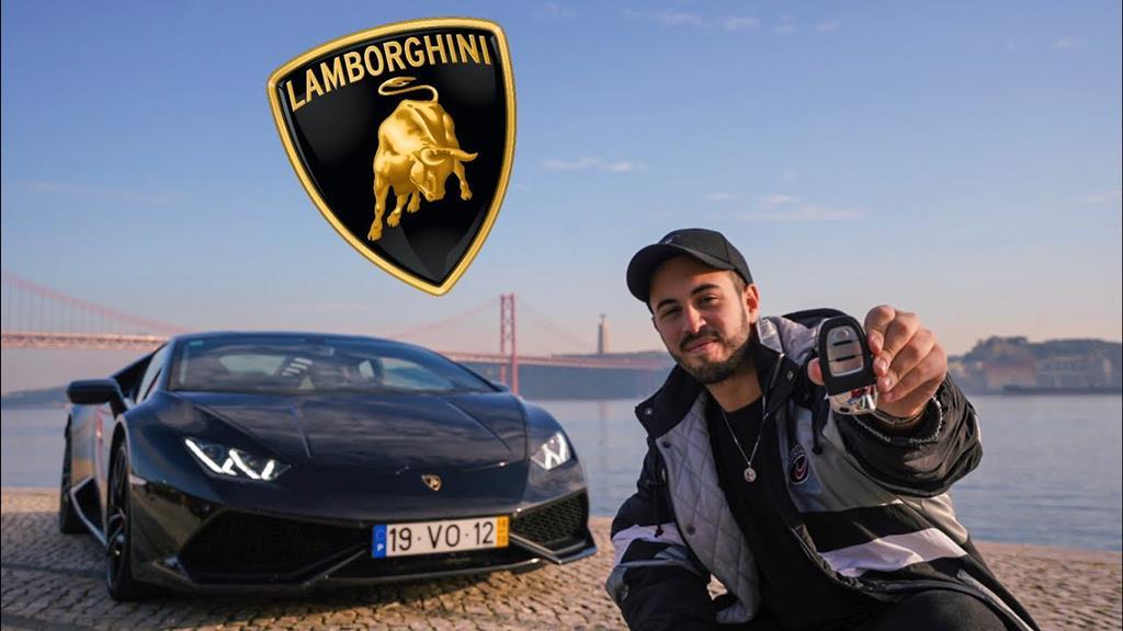 David Soares exibe um dos seus carros de luxo, no seu canal do Youtube. Foto: Youtube