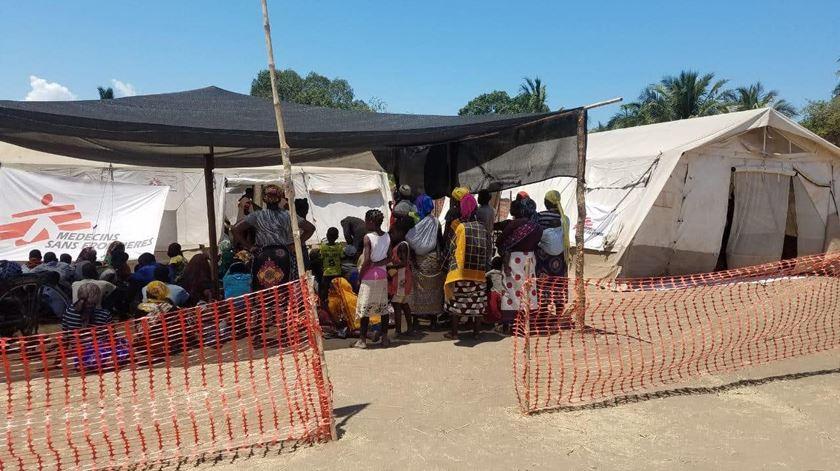 Deslocados chegam a Pemba e  enfrentam sérios riscos para a saúde. Foto: MSF