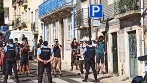 PSP despeja 14 pessoas que ocupavam imóvel em Lisboa