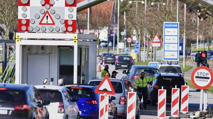 Dinamarca voltou a encerrar fronteira com a Alemanha esta semana para conter propagação do coronavírus. Foto: Martin Ziemer/EPA
