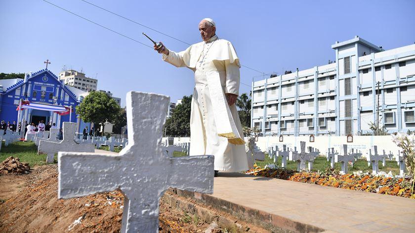 Papa visita igreja construída por missionários portugueses. Foto Ettore Ferrari/EPA
