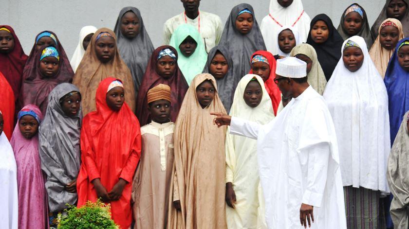 ALunas nigerianas libertadas pelo Boko Haram. Foto: STR/EPA
