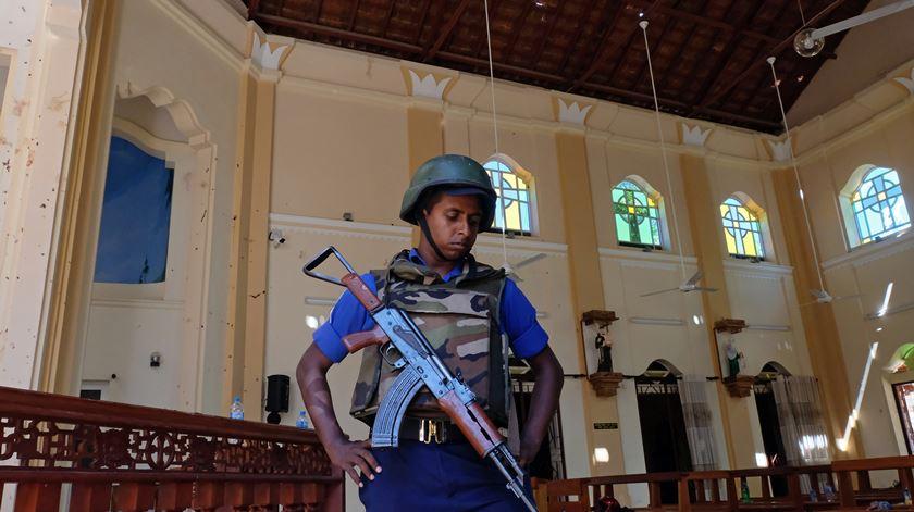 Explosões no Sri Lanka fizeram centenas de mortos, sobretudo entre cristãos. Foto: STR/EPA