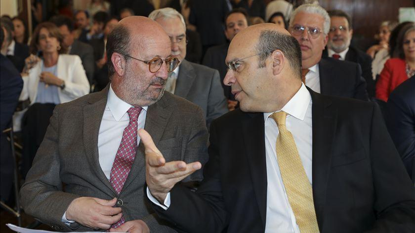 Ministros Matos Fernandes e Pedro Siza Vieira. Foto: Lusa